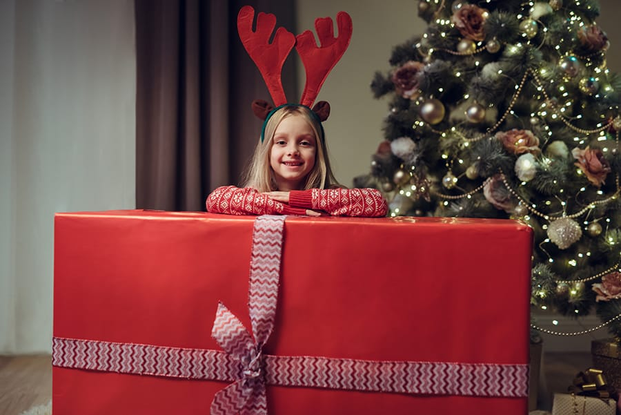 Buying a Piano for Christmas? 12 Ideas for Surprising your Family with the Piano